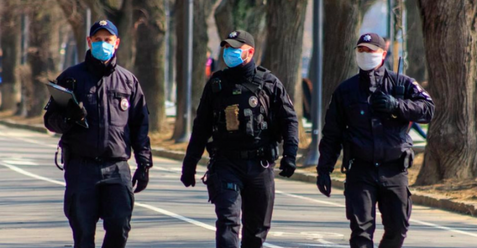 На улицы Мариуполя вышли более 50 патрулей. Новости Мариуполя и Донбасса |