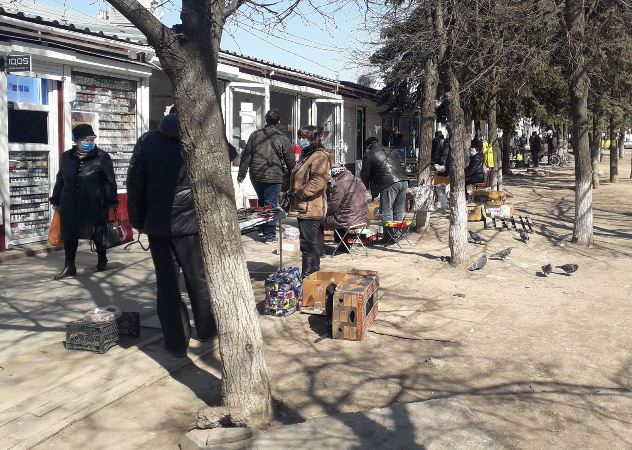Жители Краматорска поддержали петицию о запрете стихийной торговли в городе