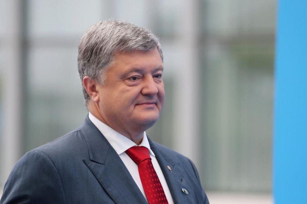 За словами президента України Петра Порошенка, миротворча місія це те, що потрібно країні, але він не знає, коли питання про неї буде вирішено