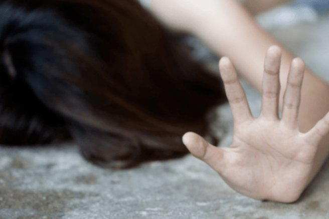 На Житомирщині чоловік зґвалтував рідну неповнолітню сестру | Кримінальні новини