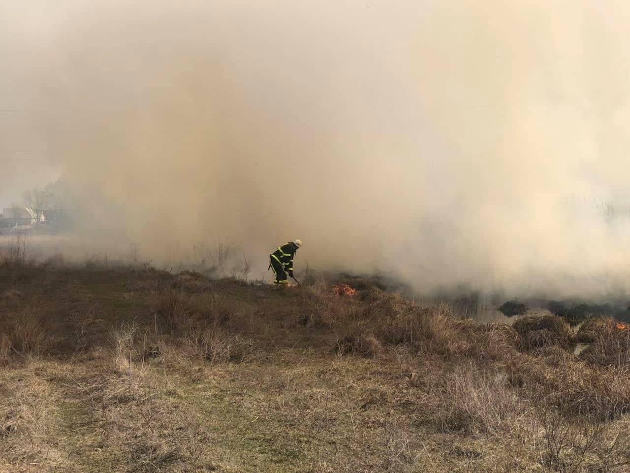 Служба порятунку закликає не провокувати пожежі в екосистемах країни! — Новини Чернігова та Чернігівщіни