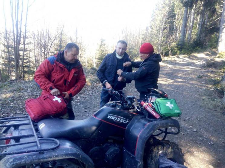 На Закарпатті туристу стало зле під час сходження на Говерлу