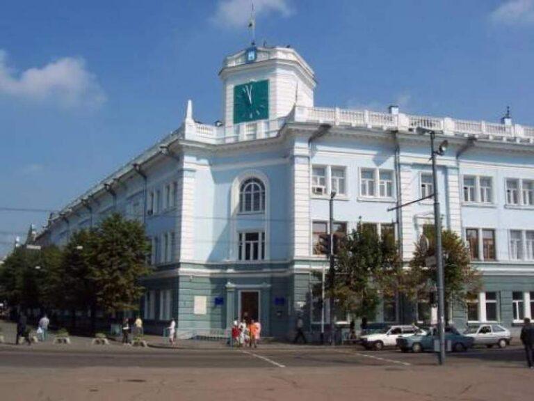 У Житомирі оголосили тендер на ремонт тротуару та скверу на Театральній за 5 млн грн