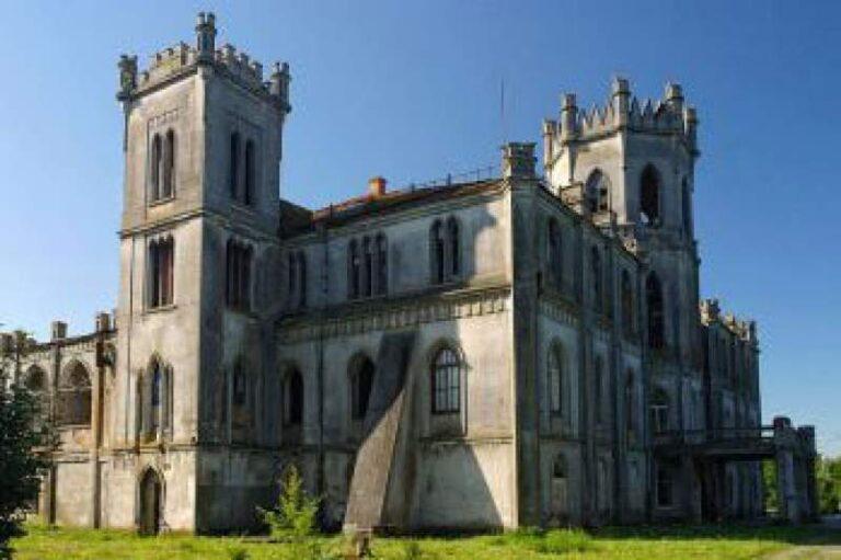 В якому стані палац Терещенків та чому не реставрують. ВІДЕО