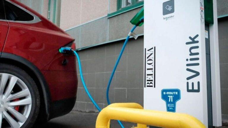 Бензиновые автомобили обгонят в цене электрокары уже через 6 лет » Автоновости