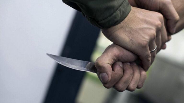 В Донецкой области мужчине, который из ревности к жене убил соседа, грозит до 15 лет за решеткой