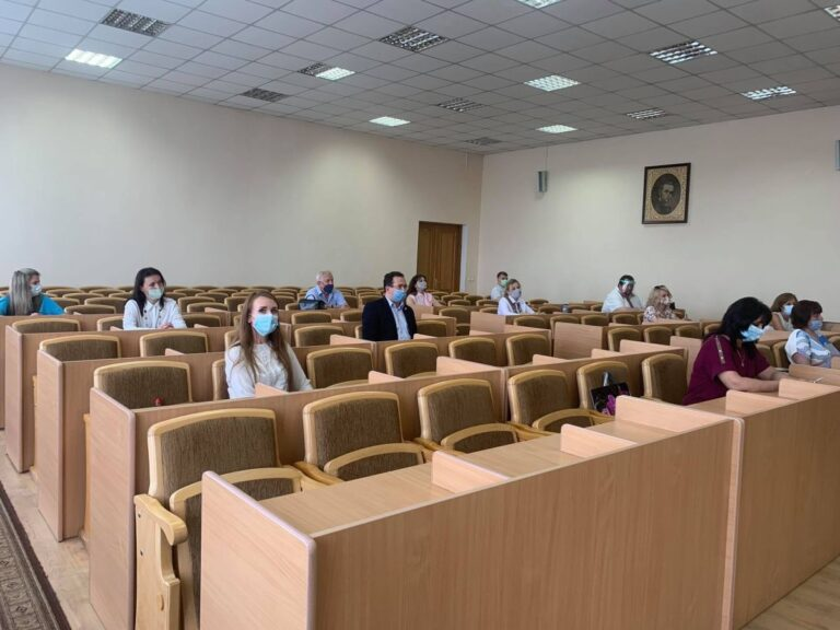 Які школи Червоноградської громади вже мають нових очільників? – Новини Львова та області