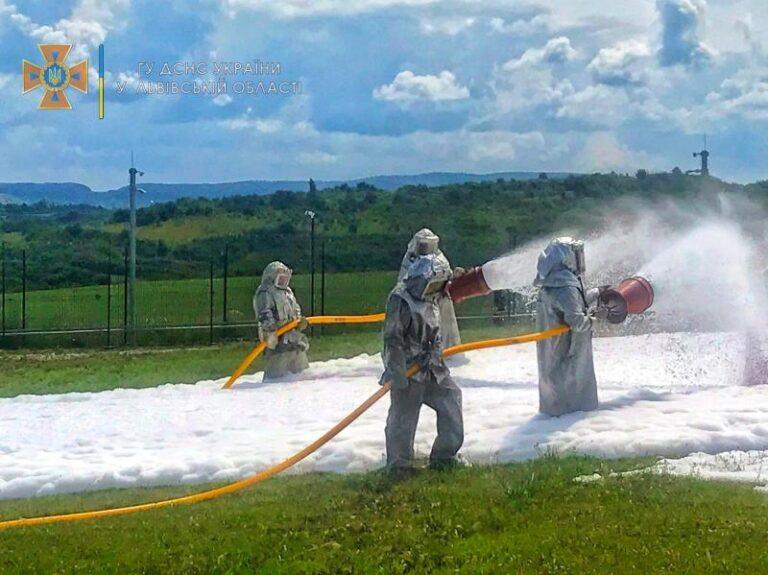 Упродовж тижня в Україні проходили тренування рятувальників – | Новини Буковини