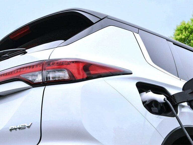 В Mitsubishi анонсировали появление нового Outlander PHEV » Автоновости