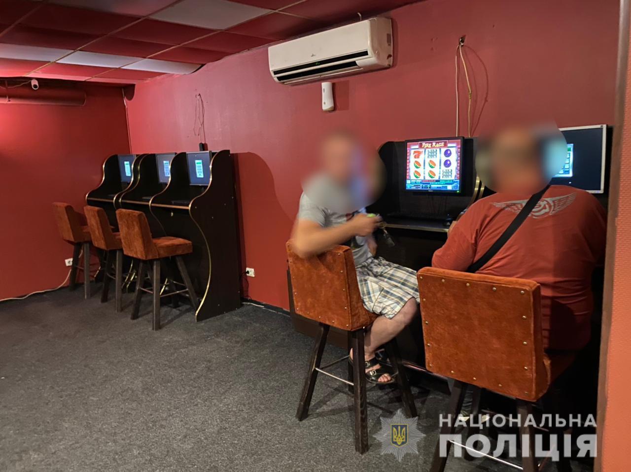 У Вінниці більше не працює ще один підпільний гральний заклад. ФОТО   Кримінальні новини