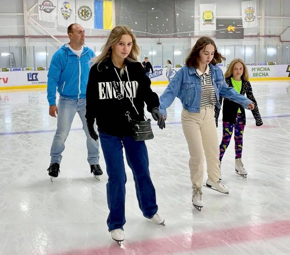Краматорск приглашает всех на лед!