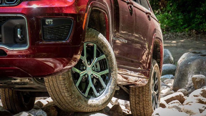 Jeep Grand Cherokee L лишился современной подвески из-за дефицита чипов » Автоновости