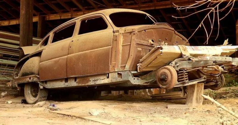 В США на фермі знайшли величезну кількість рідкісних автомобілів, прихованих від сторонніх очей » Автоновости