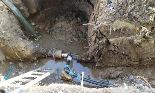 В мариупольском частном секторе обновили устаревший трубопровод. Новости Мариуполя и Донбасса |