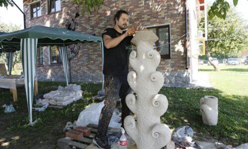 Черкащанин за місяць створив п'ятиметрову скульптуру (ФОТО) | Последние новости Черкасс за сегодня